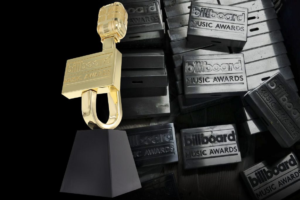 The Perfect Achievement Awards with Unique and Sculptural Designs